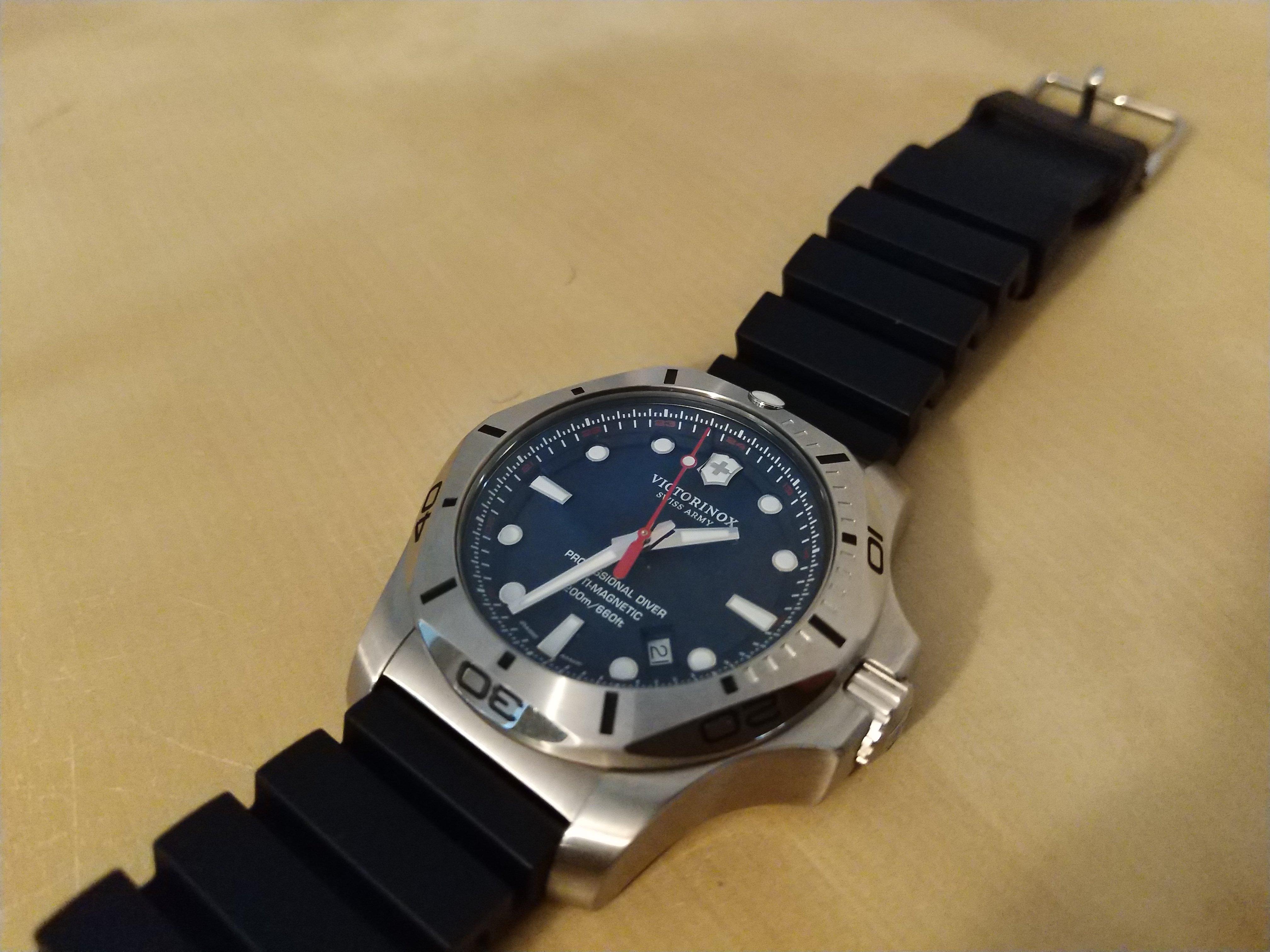 Victorinox Inox Pro Diver Review A Distinctive Diving